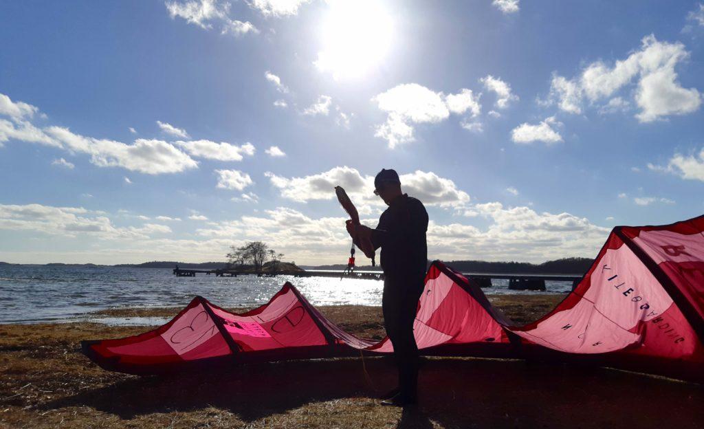 Lär dig kitesurfing i Stockholm